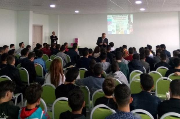 Erzurum Bilim Teknik Koleji öğrencilerini Yazarlarla Buluşturuyor