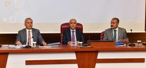 Vali Karahan, rakamlarla kentteki kamu yatırımların anlattı