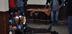 Yaşlı adamı kalp masajıyla hayata döndürdüler
