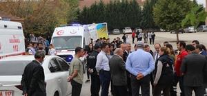 """Okul'da gaz kaçağı iddiası asılsız çıktı Erenler Kaymakamı Salih Karabulut okulda incelemede bulundu Karabulut: """"Şuanda kayda değer herhangi bir olay yoktur"""""""