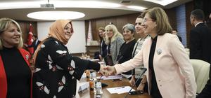 Bakan Zehra Zümrüt Selçuk, kadın muhtarları kabul etti