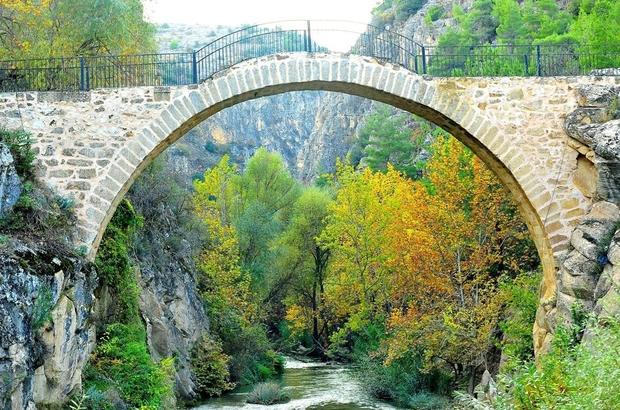 """Vali Salim Demir, """"Egenin incisi Uşak, turizm alanında ülkenin parlayan yıldızı olacak"""""""