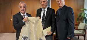 Atatürk Üniversitesi Rektör Çomaklı, Sıtkı Alp'i ziyaret etti
