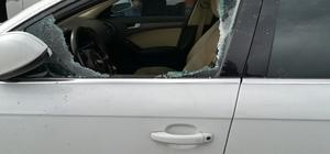 Park halindeki otomobilin camını kırıp 150 bin TL çaldılar