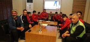 Şampiyonlardan Kaymakam Arıcan'a ziyaret