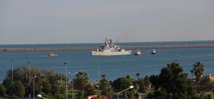 TCG Fatih Fırkateyni Samsun'da 29 Ekim kapsamında askeri gemiler ziyarete açılıyor