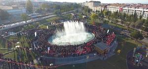 """Odunpazarı'ndan Cumhuriyet'e yakışır Park Cumhuriyet Parkı ve Cumhuriyet Anıtı coşkuyla açıldı Başkan Kazım Kurt: """"Cumhuriyet'i sonsuza kadar yaşatacağız"""""""
