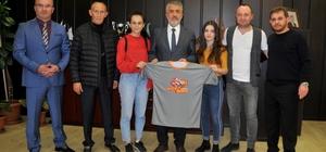OMÜ öğrencileri dünya şampiyonu oldu Yaşar Doğu Spor Bilimleri Fakültesi Türkiye'nin ismini dünyada duyurdu