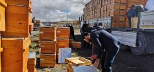 Arıcılar Birliği'nden arı yetiştiricisine 815 bin TL'lik malzeme desteği 200 arı yetiştiricisine kovan dağıtıldı