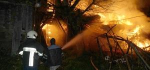 Kastamonu'da iki ev yangında kullanılamaz hale geldi