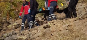 Ayağı kırılan çoban UMKE ekipleri tarafından kurtarıldı