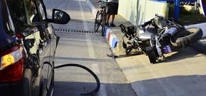 Kontrolsüz dönüş yapan araç Motorize ekibe çarptı: 2 yaralı