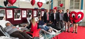 Eğitimci ve velilerden kan ve kök hücre bağışı