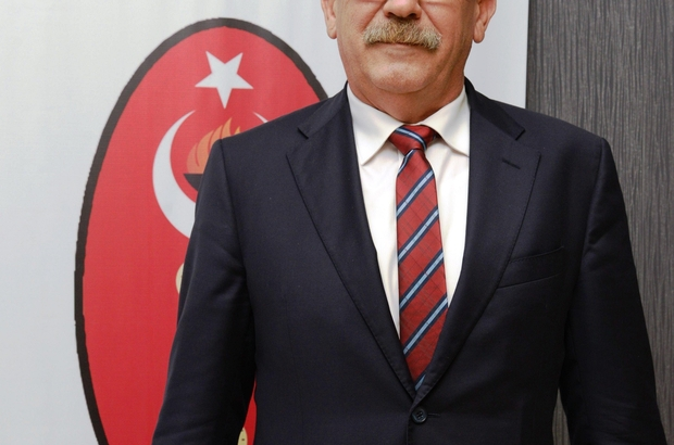 """Veteriner hekimlerden canlı hayvan et ithalatı uyarısı Bursa Veteriner Hekimler Odası (BVHO) Başkanı Hüseyin Bolten: """"Et ihtiyacımızı yerli hayvan varlığını arttırarak karşılamalıyız"""" """"Yerli yetiştirici daha çok desteklenmeli"""" """"Zarar eden yetiştiriciler, sektörden çekiliyor ve bu durum Türkiye'yi daha çok dışa bağımlı hale getiriyor"""""""