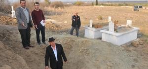 Antik kent yakınındaki mezarlığın definecilerce kazıldığı iddiası