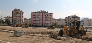 Yeni Mahalleye yapılacak parkın zemin çalışmalarına başlandı