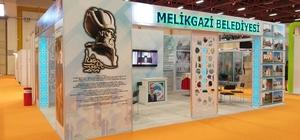 Melikgazi 'Tarihi dokunuş' çalışmaları ile ÇEKÜL Akademi YAPEX Fuarı'nda