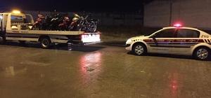 Düzce'de jandarmadan motosikletlere uygulama 35 araç trafikten men edildi, 61 araca 22 bin 774 TL ceza kesildi