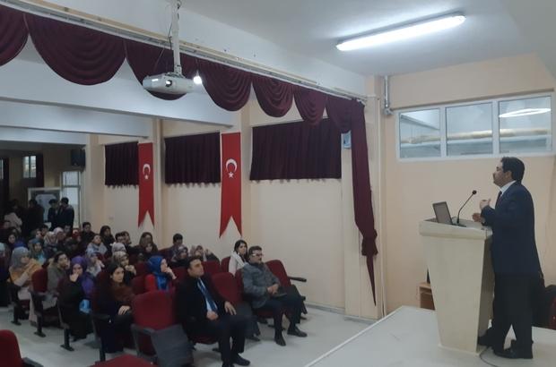 Müftüsü Gölcü'den öğretmenlere seminer verdi