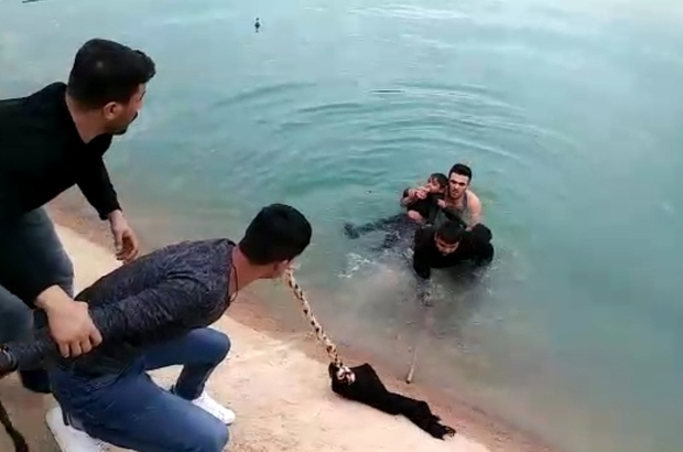 Sulama kanalına düşen çocukları vatandaş kurtardı ile ilgili görsel sonucu