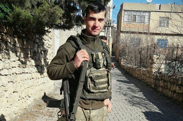 Şehit Recep Çetin'i askerde olan hemşehrisi Ahmet Akat unutmadı