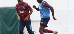 Trabzonspor Kayserispor maçı hazırlıklarını sürdürdü Trabzonsporlu küçük taraftar Arda Osman'ın Rodallega hayali gerçek oldu