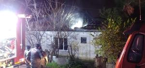 Metruk binada çıkan yangın itfaiyeyi harekete geçirdi