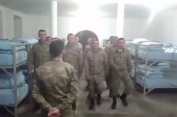 Askerlerden Fatih Bucak A Marsli Gonderme Siraya Dizilen