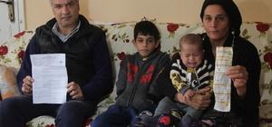 Kalp ameliyatı sonrası iş bulamadı, ailesi perişan oldu Adana'da kebap ustalığı yaparken geçirdiği kalp krizi sonrası açık kalp ameliyatı olan ve kebapçıda çalışması yasaklanan iki çocuk babası iş bulamadığı için 6 aydır ev kirası ile elektrik ve su faturalarını ödeyemiyor Aile ameliyattan sonra yüzde 86 engelli raporu alan Seyit Erdamar, aldığı 650 lira engelli aylığı ile ayakta durmaya çalışıyor
