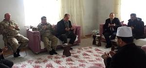 Vali Ali Hamza Pehlivan şehit  ailesine taziye ziyaretinde bulundu
