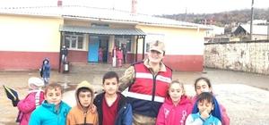 Siirt'te okul önlerinde güvenlik uygulaması