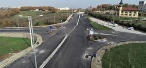 Başiskele'de asfalt ve parke yollar yapılıyor