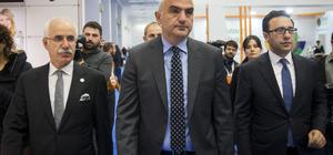 Kültür ve Turizm Bakanı Ersoy'dan Verimlilik ve Teknoloji Fuarı'na ziyaret
