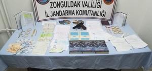Zonguldak'ta tefecilik operasyonu: 8 gözaltı Çelik kasadan FETÖ'ye ait olduğu iddia edilen mendil çıktı