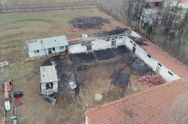 Ev, ağıllar ve 1,5 milyon liralık tarım malzemesi kül oldu