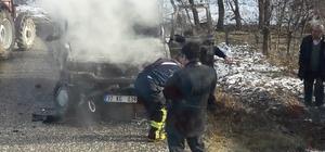 Elektrik kontağından çıkan yangın kamyoneti kül etti