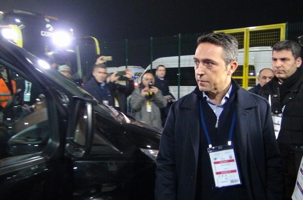 Fenerbahçe Istanbula Takım Otobüsüyle Dönüyor Manisa Haberleri