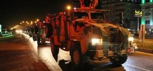 Kırıkhan'da çocuklardan askeri konvoya sevgi seli Çocuklar askeri konvoyun geçişi sırasında selam durdu
