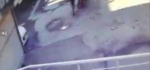 Müftülük garajından elektrikli bisikleti böyle çaldılar Yaşanan hırsızlık olayı güvenlik kamerasına yansıdı
