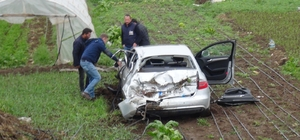 Yazar Kahraman Tazeoğlu kaza geçirdi