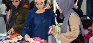 """Osmaniye Belediyesi 3. Kitap Fuarı'nı 3 günde 30 bin kitapsever ziyaret etti Belediye Başkanı Kadir Kara: """"Osmaniye okumayı seviyor ve okuyor"""""""