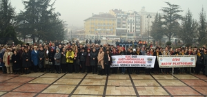 Kastamonulu Kadınlar Milli Mücadele Dönemindeki ruhu yaşatmaya devam ediyor 10 Aralık İlk Türk Kadın Mitinginin 99. Yıldönümü, Kastamonu'da kutlandı