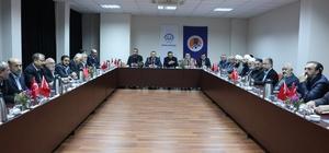"""Mersin'de """"Nitelikli Din Hizmeti"""" çalıştayı Kondi: """"Birliğimizi ve beraberliğimizi korumak zorundayız"""""""