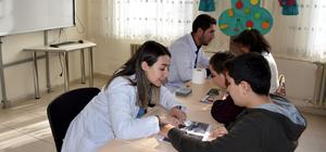 """Muş'ta otizmli çocuklar AA'nın """"Yılın Fotoğrafları"""" oylamasına katıldı"""