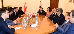 Vali Bilmez, Batum'da çeşitli toplantı ve ziyaretlerde bulundu