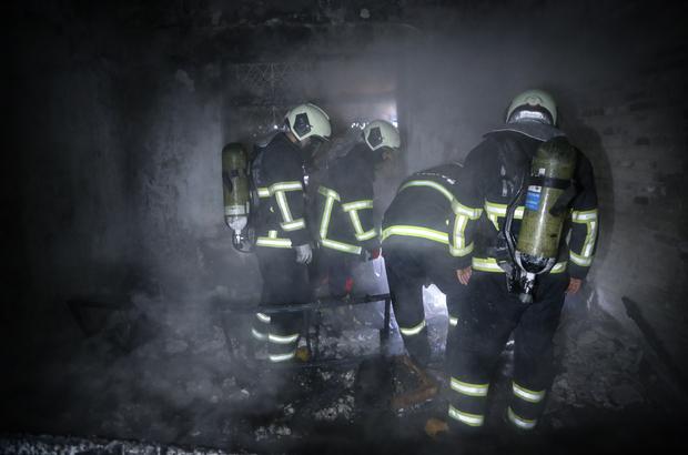 Adana'da bir evde elektrik kontağından çıkan yangın söndürüldü