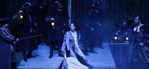 """MDOB """"Maskeli Balo"""" operasını sahneledi"""