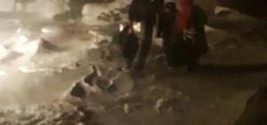 Karda mahsur kalan hamile kadını gece yarısı kurtarma operasyonu
