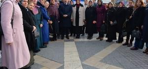 AK Partili kadınlardan Yerli Malı haftası etkinliği