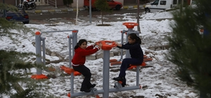 Nevşehir Belediyesi Yeni TOKİ'ye 5 adet spor kondisyon parkı yaptı